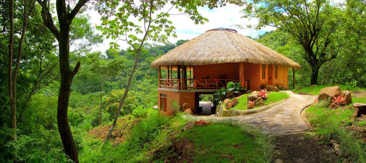 Amatierra – Best of Yoga Retreats in Costa Rica