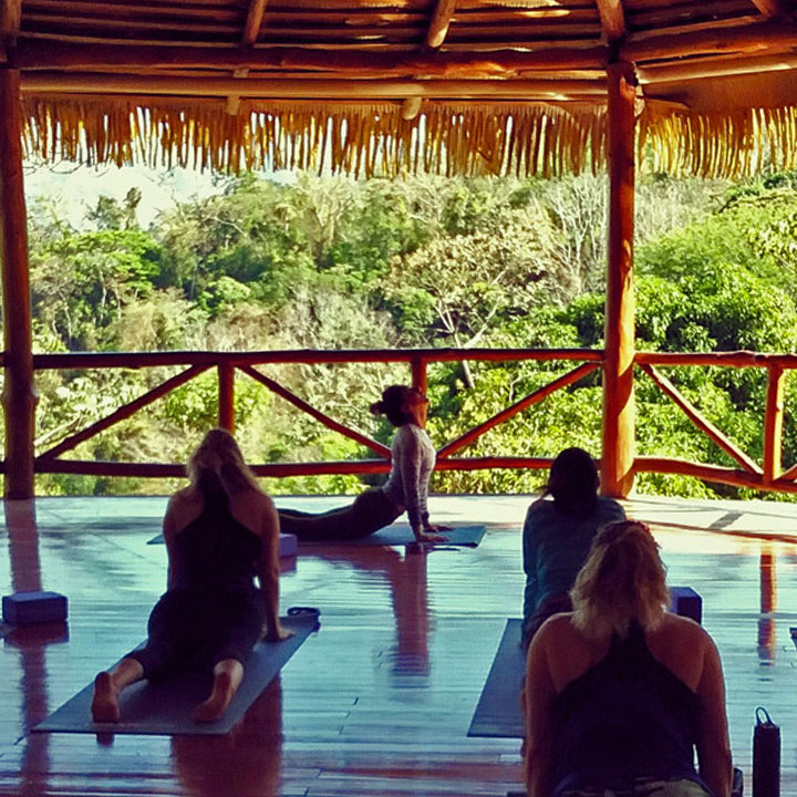 Amatierra-yoga-retreat-new-year